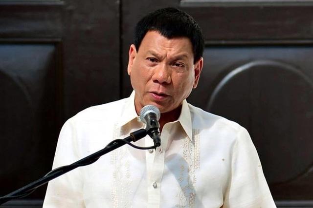 TT Philippines xin loi nguoi Do thai vi so sanh voi Hitler hinh anh