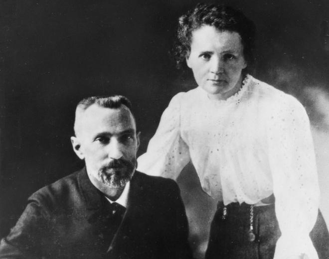 Marie Curie va gia dinh dat 5 giai Nobel hinh anh