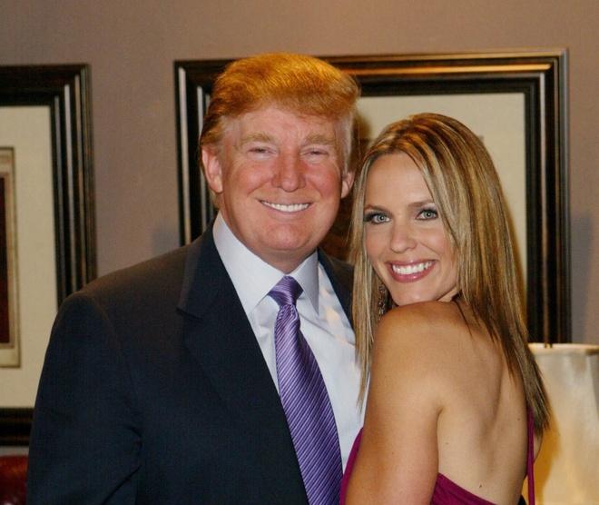 Nguoi mau trong video tuc tiu cua Trump len tieng hinh anh