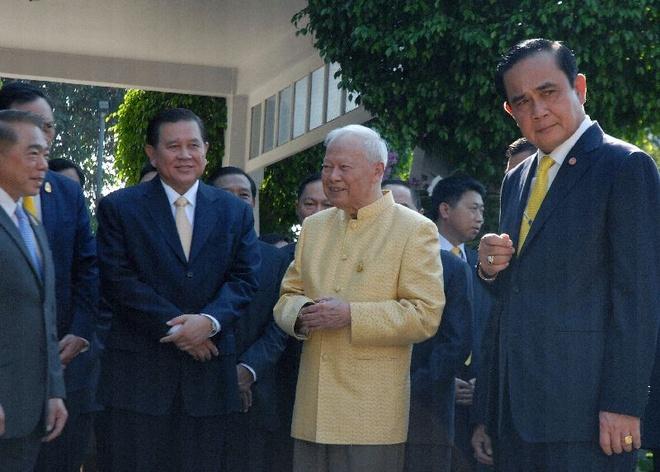 Tuong Prem lam nhiep chinh truoc khi Thai Lan co vua moi hinh anh 1