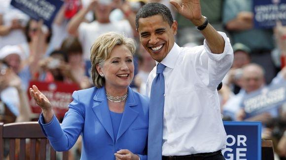 Nha Obama va Clinton 'xuat quan' lan cuoi hinh anh
