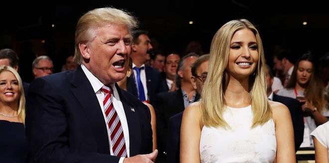 Dan trai xinh gai dep nha Trump voi 5 con, 8 chau hinh anh