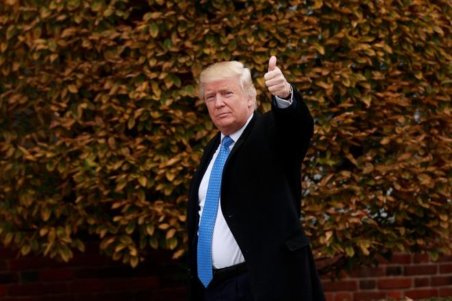 Ong Trump quyet dinh khong truy to ba Clinton hinh anh 1