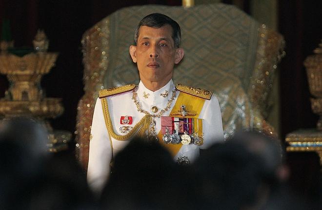 Thai tu Thai Lan ve nuoc de ke vi ngoi vua hinh anh 1