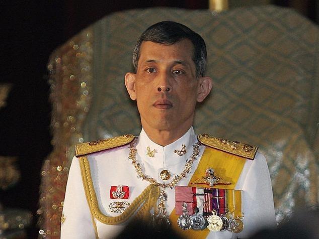 Thai tu Thai Lan ve nuoc de ke vi ngoi vua hinh anh