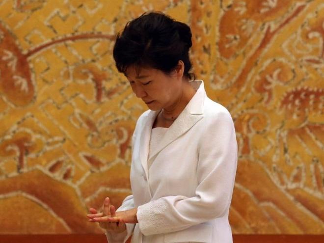 Tong thong Han Quoc mat an mat ngu cho phan quyet cuoi cung hinh anh