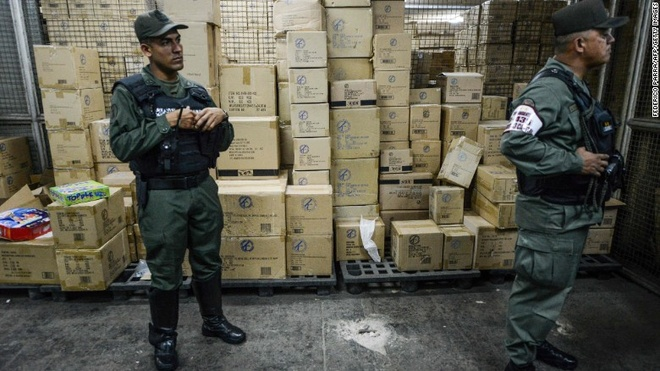 Venezuela thu giu hang trieu do choi gia cao mua Giang sinh hinh anh 1