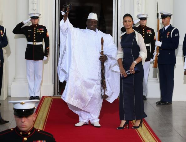 Tong thong 'ty nam' lap di va tan bao cua Gambia hinh anh 1