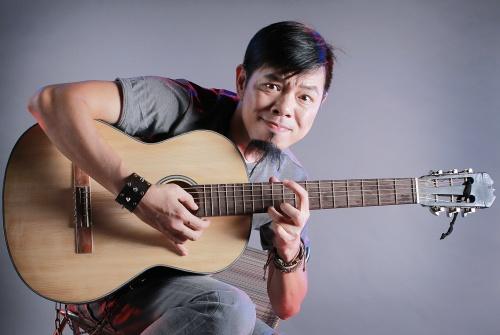 'Fan Cuong' va nghich ly trong su mat ngu cua Thai Hoa hinh anh