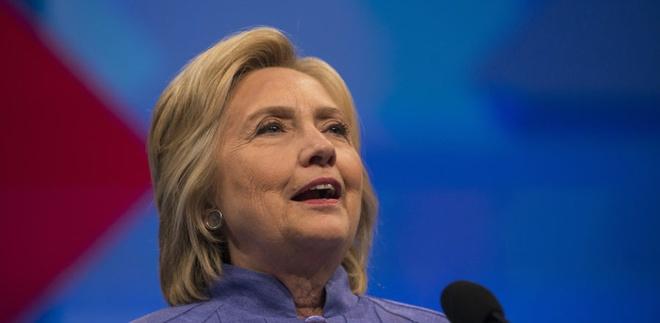 Dang Dan chu cua ba Clinton bi chia re tram trong hinh anh