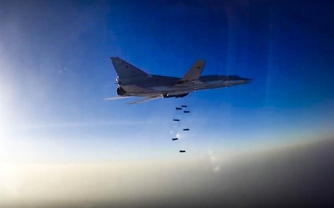 Nga dung Iran lam can cu de danh bom noi day Syria hinh anh