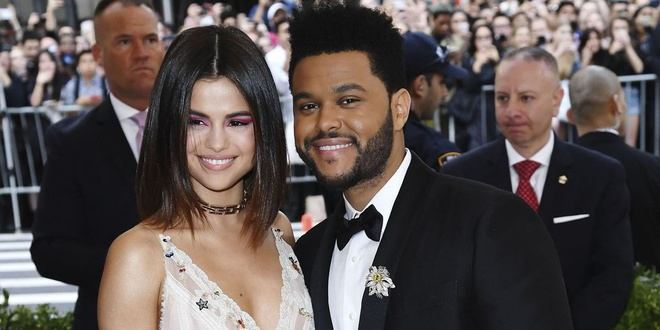 The Weeknd hat ve moi tinh tan vo voi Selena Gomez? hinh anh