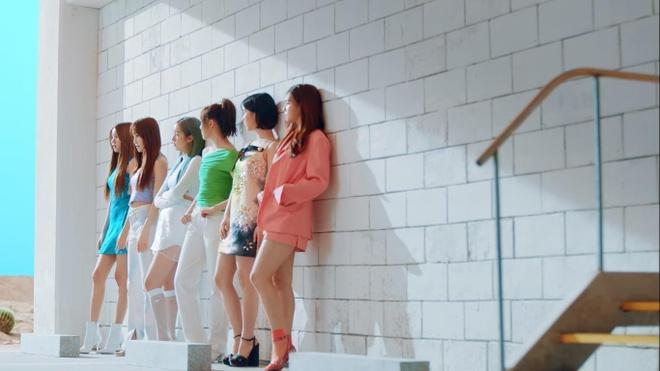 GFriend ke chuyen yeu duong trong MV chao he hinh anh 6