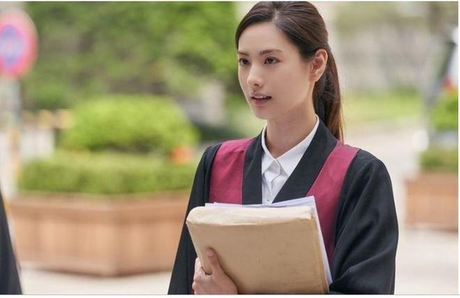 Nana thanh nguoi yeu cu Choi Jin Hyuk trong phim hinh su kich tinh hinh anh 2