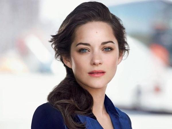 dien vien Angelina Jolie anh 7