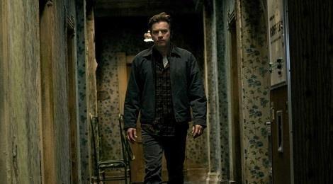 Trailer bo phim 'Doctor Sleep' (Ky uc kinh hoang) hinh anh