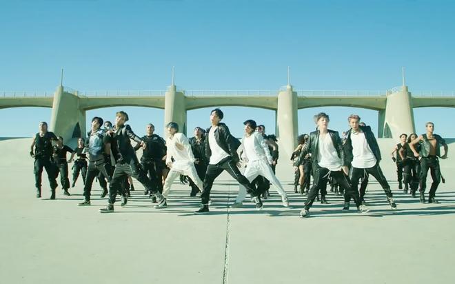 BTS khien fan phan khich truoc MV tro lai hinh anh 3 anh_chup_man_hinh_2020_02_21_luc_16_46_56_vwpg_thumb.png
