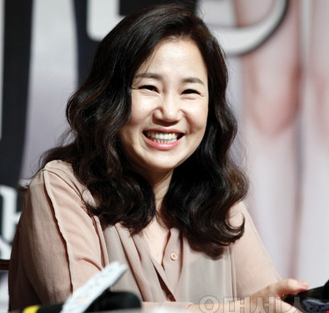 How are the top Korean screenwriters getting high paid?