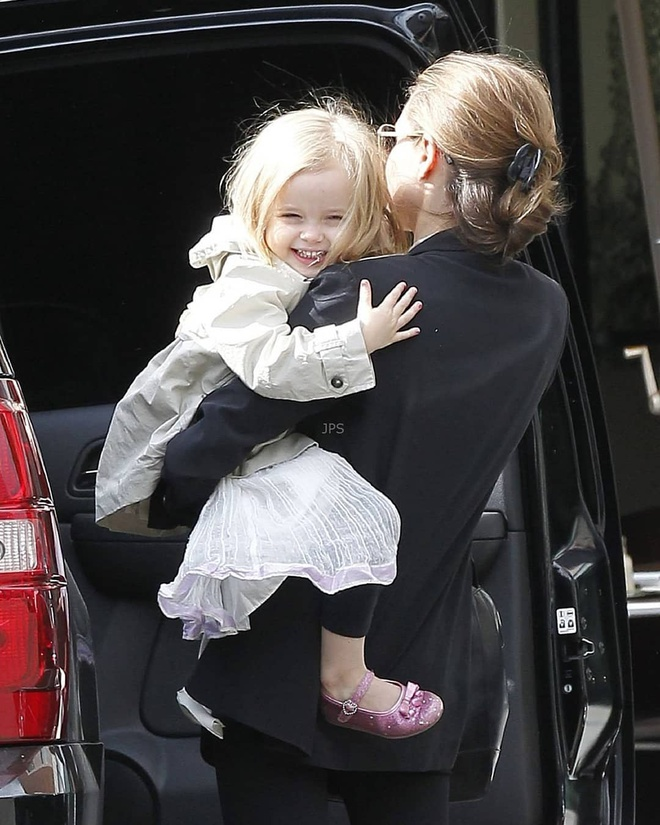 Con gai ut Angelina Jolie thua huong net dep cua bo me hinh anh 12 vivienne.knox_59692197_109997570105207_5604024847104018102_n.jpg