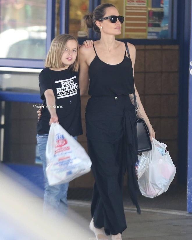 Con gai ut Angelina Jolie thua huong net dep cua bo me hinh anh 4 vivienne.knox_65289536_354429965244225_68611238090987879_n.jpg