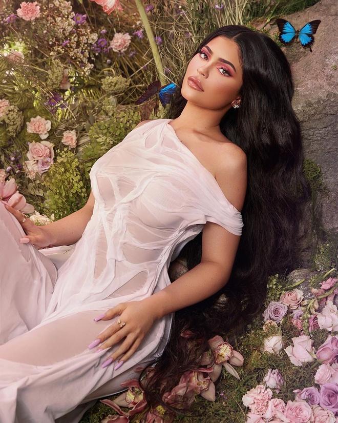 Ty phu Kylie Jenner khang dinh khong bao gio lo anh nhay cam hinh anh 1 kyliejenner_79590874_2758402977576160_689299536185461557_n.jpg