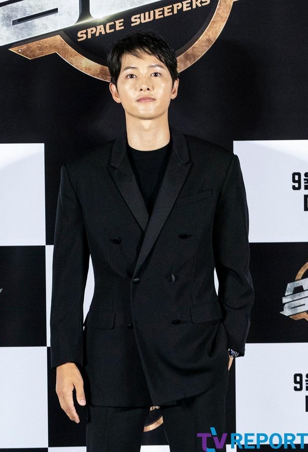 Song Joong Ki du hop bao anh 4