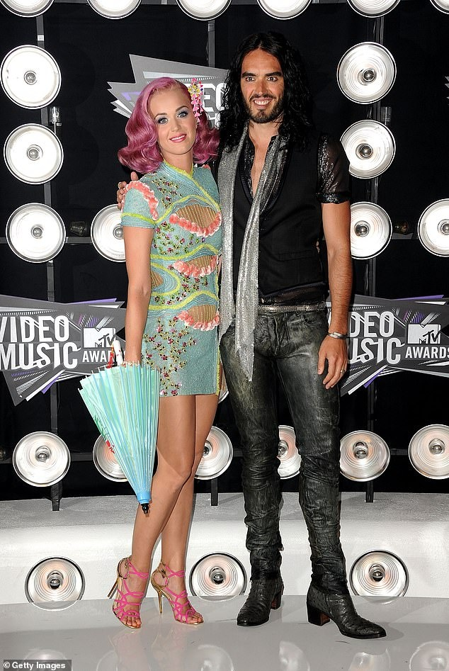 Katy Perry sinh con anh 1