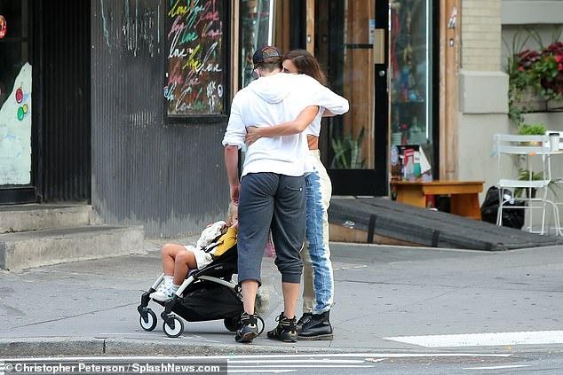 Bradley Cooper va ban gai Irina Shayk anh 1