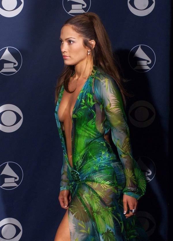 Jennifer Lopez vong eo anh 3