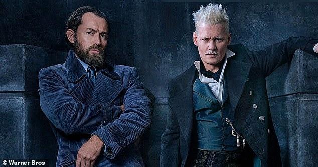 Johnny Depp bi huy vai anh 2