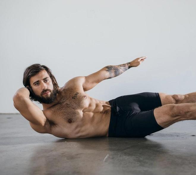 9 giao vien yoga noi tieng tren mang hinh anh 5