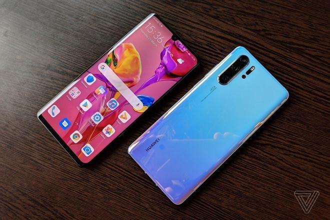 Mot tuan 'chet choc' cua Huawei hinh anh 2