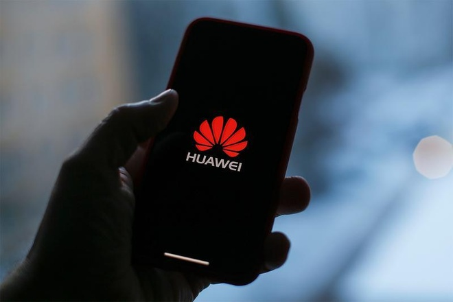 Huawei thau tom 8% thi phan dien thoai the gioi nhanh den muc nao? hinh anh