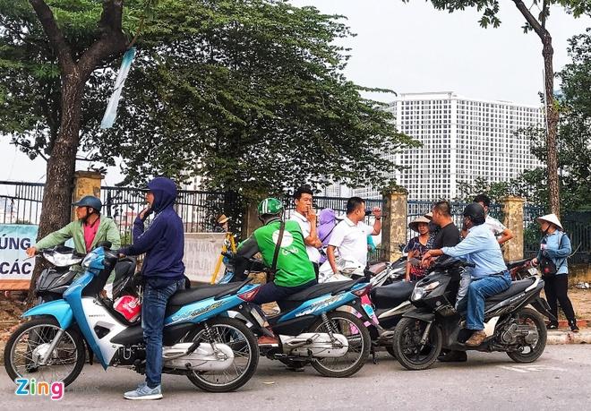 Ve cho den tran Viet Nam gap Malaysia tang gap 4 lan hinh anh 1