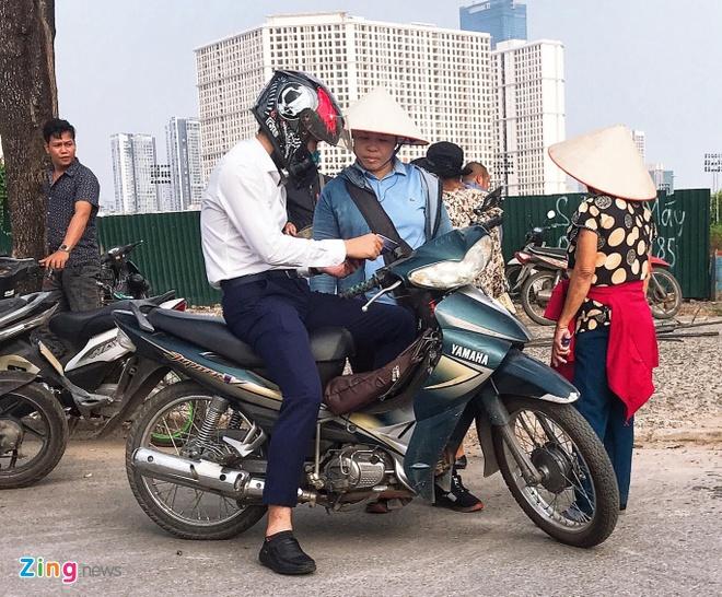 Ve cho den tran Viet Nam gap Malaysia tang gap 4 lan hinh anh 2