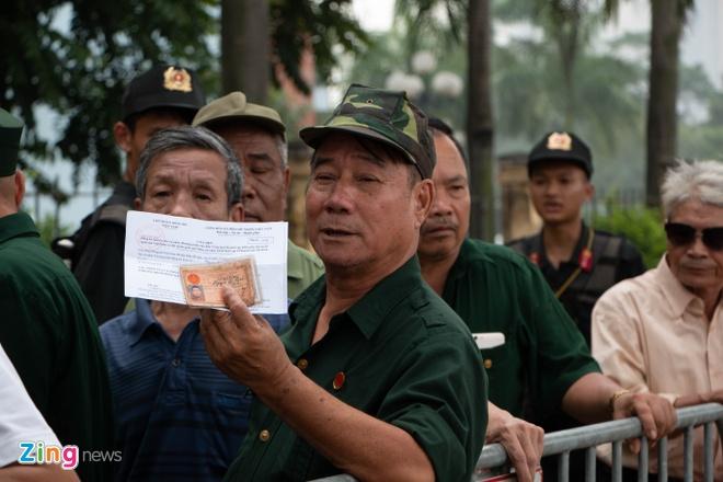 Co ve nai ni thuong binh ban lai ve tran Viet Nam - Malaysia hinh anh 1