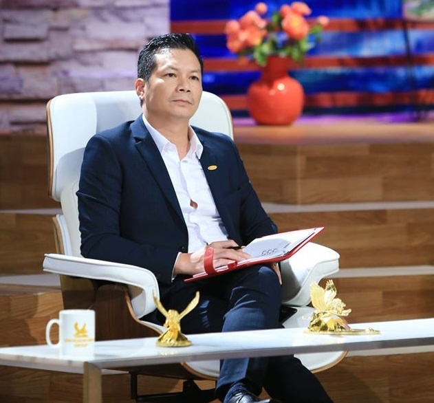 Shark Hung rot 1 trieu USD cho du an 18 thang khong co doanh thu anh 2