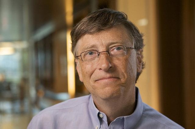 Bill Gates rinh nut vang sau 7 nam tham gia YouTube hinh anh