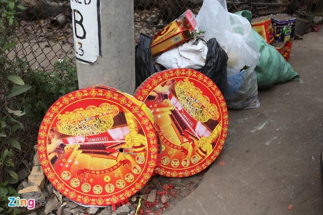 Xu nghiem hanh vi van chuyen,  buon ban phao no dip Tet Nguyen dan anh 1
