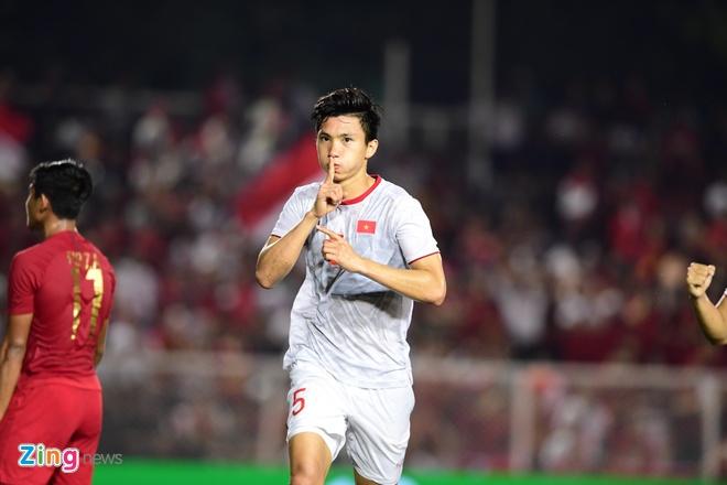Văn Hậu thi đấu ấn tượng và lập cú đúp vào lưới U22 Indonesia. Ảnh:Thuận Thắng.