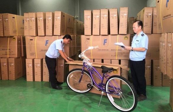 Xe dap Trung Quoc gan mac 'Made in Viet Nam' xuat di My hinh anh 1 vietstock_s_doanh_nghiep_trung_quoc_vao_tam_ngam_gian_lan_xuat_xu_hang_viet_nam_20191227161251.jpg