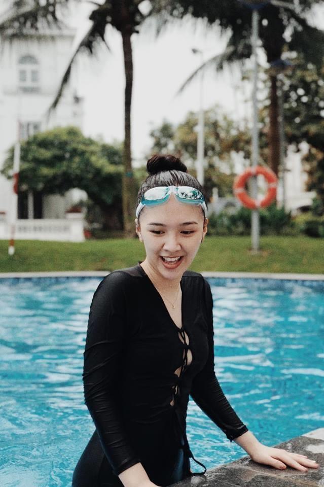 Hot girl 'Banh duc co xuong' Ha Anh tai xuat sau khi sinh con dau long hinh anh 10