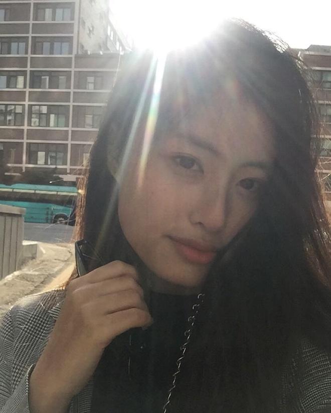 Hot girl lai Duong Minh Ngoc co em gai xinh dep khong kem chi hinh anh 7