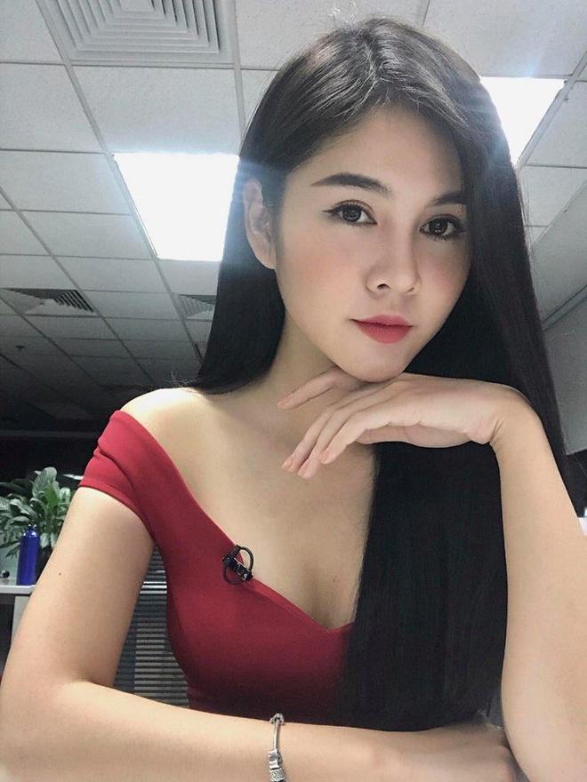 Nhan sac MC Vu Thu Hoai - 'nguoi moi' cua thieu gia Tuan Hai hinh anh 6