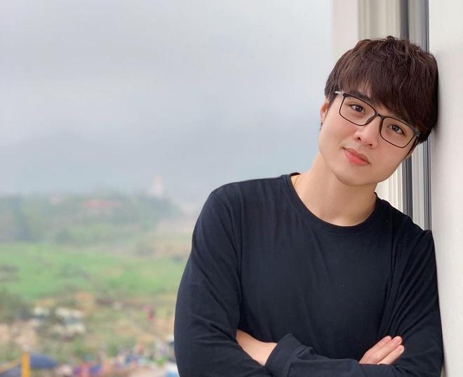 Vlogger Tun Phạm đáp trả khách hàng khi bị nói báo giá PR cao