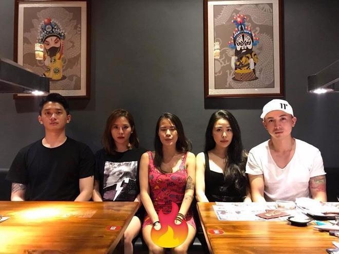 'Nua kia' cua dan dien vien 5S Online deu chon cuoc song kin tieng hinh anh 9