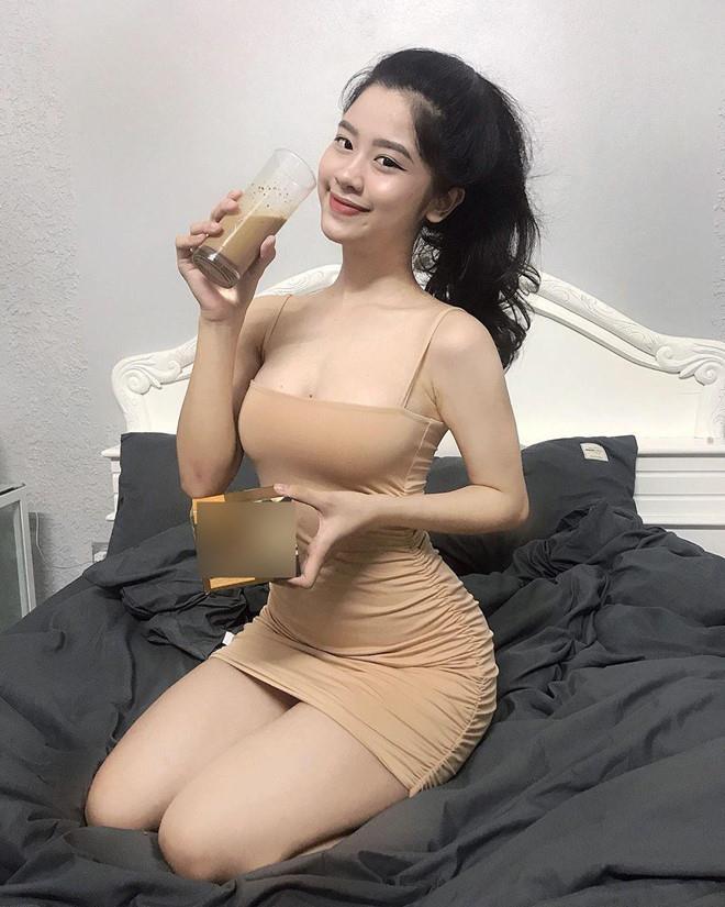 Loat hot girl doi moi thi phi, lien tuc dinh 'phot' tren mang hinh anh 3