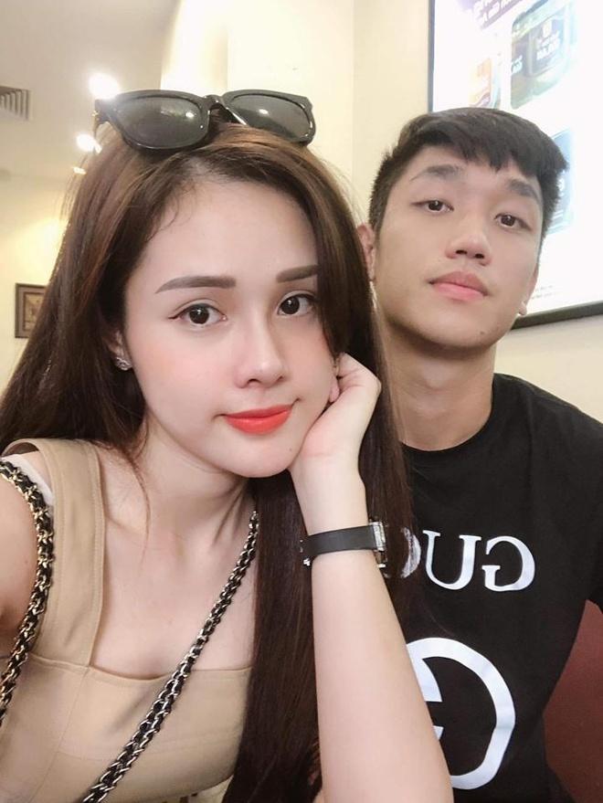 Van Lam, Van Thanh, Trong Dai va cac cau thu co moi tinh 'chi - em' hinh anh 5
