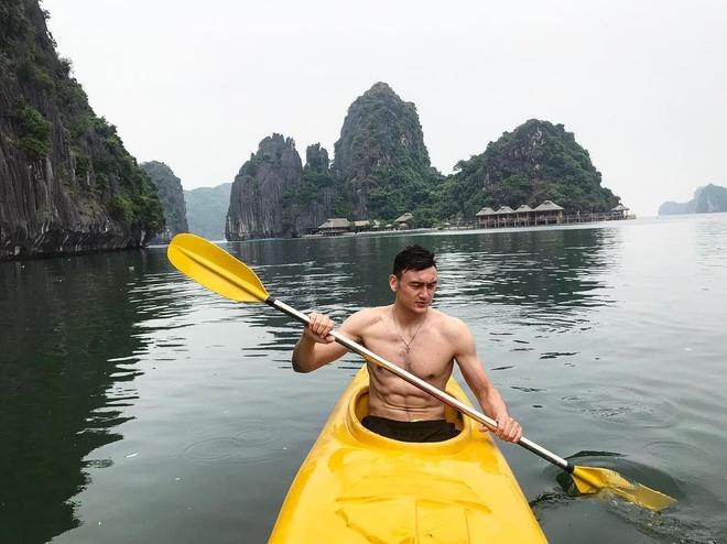 Van Lam, Van Thanh, Trong Dai va cac cau thu co moi tinh 'chi - em' hinh anh 12