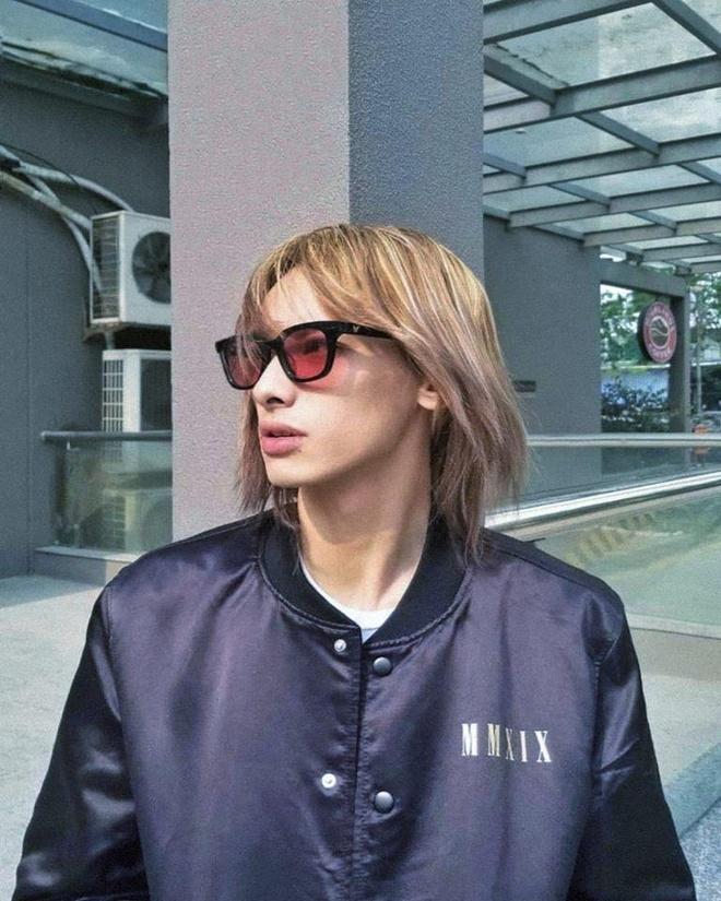 'Nguoi thuong' cua Suni Ha Linh la hot boy toc dai, cao 1,84 m hinh anh 10